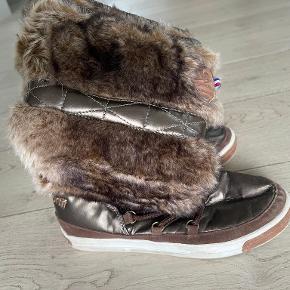 Le Coq Sportif andre sko & støvler