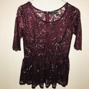 Bluse // top fra Zara med blonder. Prismærke er på endnu.