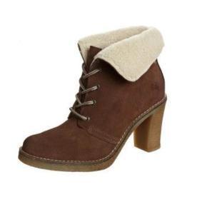 Nye sko med pels, hæl er 6cm.