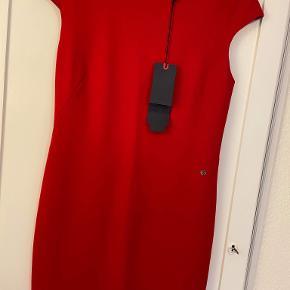 Armani kjole