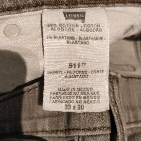 Klassisk Levi's 511 skinny i size: 33x30 De er i rigtig god stand!