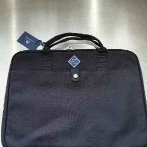 Gant mini bærbar taske 34 cm   Byd fair 🌺😃