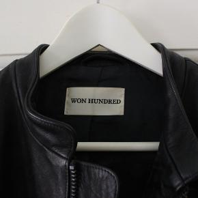 Lækker læderjakker i 100 pct. læder fra Won Hundred. Kan afhentes på Frederiksberg eller sendes