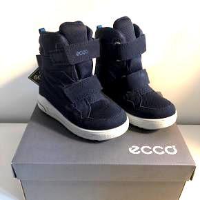 Helt nye Blå ECCO Goretex vinterstøvler str.27  Helt nye med mærke, nypris 800kr
