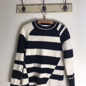 Så fin sweater. 100% uld. Lækker kvalitet.