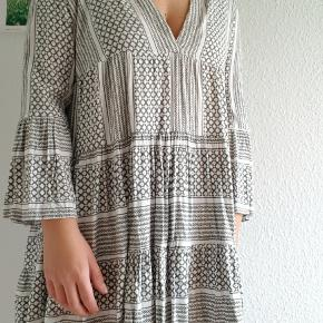 Pigalle Paris kjole