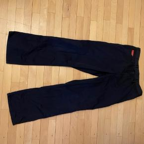 Kansas workwear bukser i mørkeblå. #30dayssellout