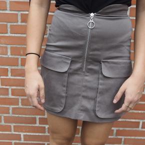 Nederdel købt på asos Str. Xs Aldrig brugt
