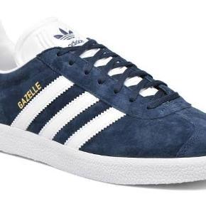 Helt nye Adidas Gazelle klassisk blå str 40 UK 6 1/2