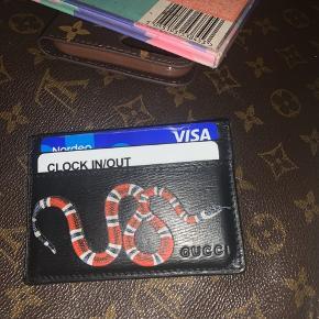 Sælger min Gucci kortholder da det var lidt et fejlkøb:/ har special edition box med dustbag