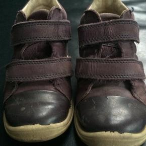 8c5d4a5fe07 ECCO sko til pige str 26 med velcroluk. Brugt af 1 barn. Ingen huller