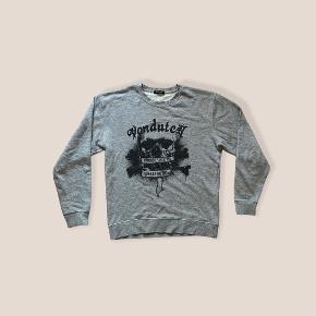 Von Dutch sweater