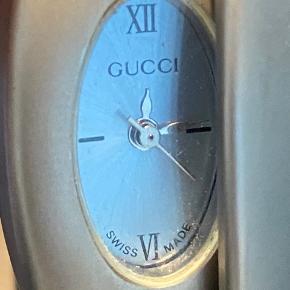 Vintage / Retro gucciur. Swiss made.  Har ingen kvittering og der skal nyt batteri i.    #Secondchancesummer