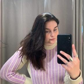 Intet galt med denne smukke sweater, er desværre bare ikke min stil længere.   Tjek resten af min shop, har mærker som Han Kjøbenhavn, Ganni, Lala berlin