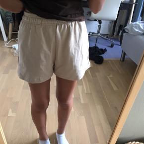 Gina Tricot shorts