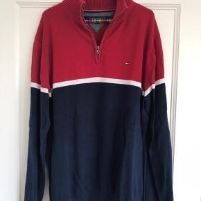 Kun brugt få gange. Tommy Hilfiger pullover i XL. Afhentes i Valby eller sendes på købers regning