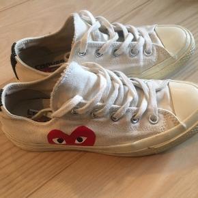 Fint par Converse som ikke længere bliver brugt. BYD 😊