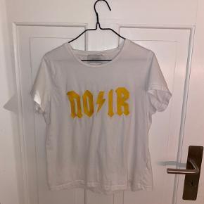 Sød t-shirt fra Neo Noir Brugt få gange