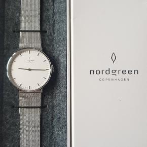 Mærket er Nordgreen som er et nyopstartet brand. Urene har jeg købt igennem Kickstarter. Se min profil for udvalg af flere typer ure af samme mærke
