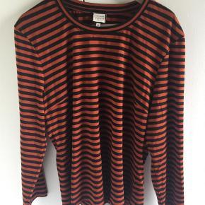 Brand: Mademoiselle Yé Yé Varetype: Bluse Størrelse: XXL Farve: Multi  Mærket klippet af og prøvet på.