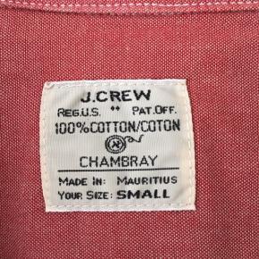 ▪️J. Crew skjorte ▪️Str. Small ▪️Købt for længe siden, men aldrig brugt ▪️Købt for 400kr i J.Crew,