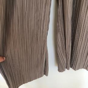 Issey miyaki lignende plisserede bukser