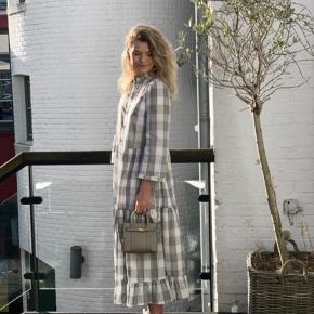 Baum und Pferdgarten Alexine kjole. Aldrig brugt. Kan evt afhentes på Amagerbro.