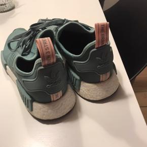 Adidas NMD's kun brugt få gange. NP 1400  BYD