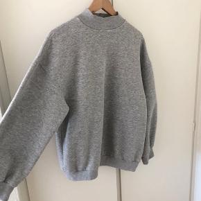Oversize sweatshirt 💛