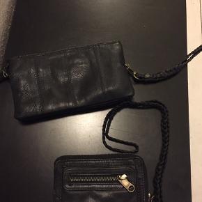 Clutch og mobilpung (med plads til kort) - begge som nye i lækkert sort skind - sælges hver for sig