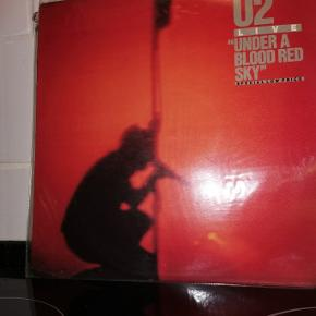 U2 Live, Under a blood red sky
