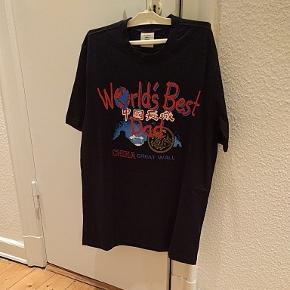 Vetements t-shirt str. S oversized. Spritny.