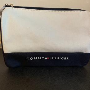 Kosmetik/ toilet taske fra Tommy Hilfiger