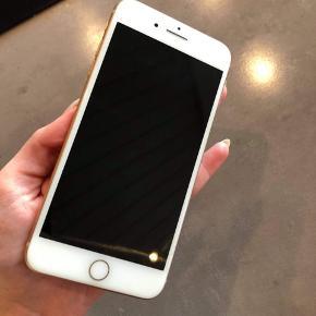 IPhone 8 plus. 64 gb fungerer perfekt. Meget få lommeridser fremstår rigtig flot. Kan afhentes i Fredericia Middelfart eller Vejle