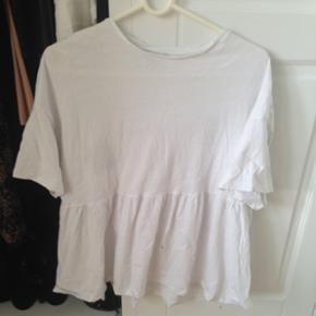 Zara peplum T-shirt, str S