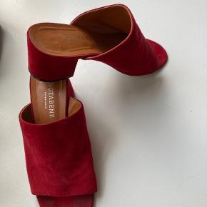 Notabene heels