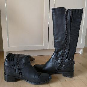 Læder støvler, næsten ikke brugt