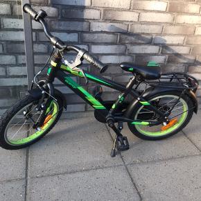 """Kildemoes drenge cykel 16"""". Uden gear.  Købt i marts 2018 til 1650,- i Fri bikeshop. Meget velholdt."""
