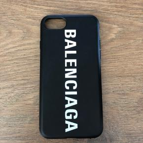 IPhone cover som passer til en iPhone 7/8 med Balenciaga logo
