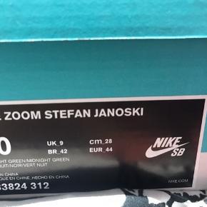 Nike sb zoom  Sælges til 250kr Cond 8/10