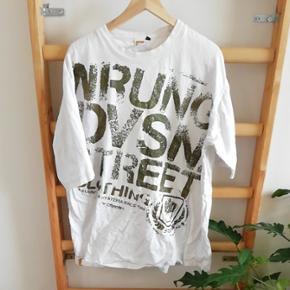 T-shirt fra Wrung Division i str. 2xl