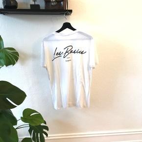 Les Basics Canggu t-shirt str. L  Kun brugt få gange, men krøllet af opbevaring