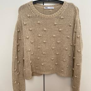 Zara sweater i str S, brugt max 5 gange, i perfekt stand.
