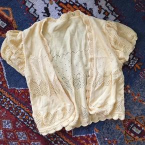 Vintage trøje i blød strik. Måske hjemmelavet, der er ikke noget mærke i