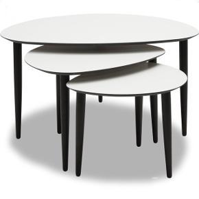 Ide møbler Flair sofaborde hvid laminat overflade med ben i massivt sortbejset eg, Nypris 3500,-