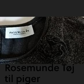 Bryst: 2X39 cm Længde: 76 cm Sender med DAO SE OGSÅ MINE 450 ANDRE ANNONCER🍓