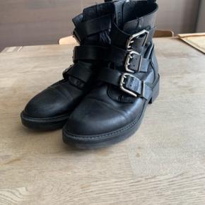 Pavement støvler str. 39, kr. 450