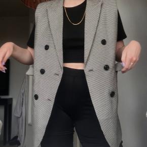 Custommade vest