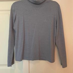SAND sweater