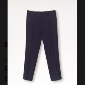 Lækre Malene Birger bukser, mørkeblå, aldrig brugt. Sælges for 700,- ( 1/2 pris)